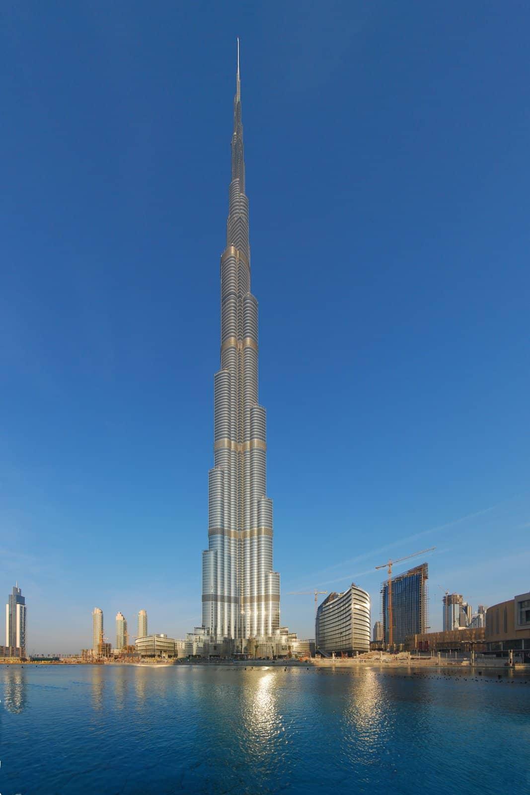 Burj Khalifa, oficialmente el edificio más grande del mundo
