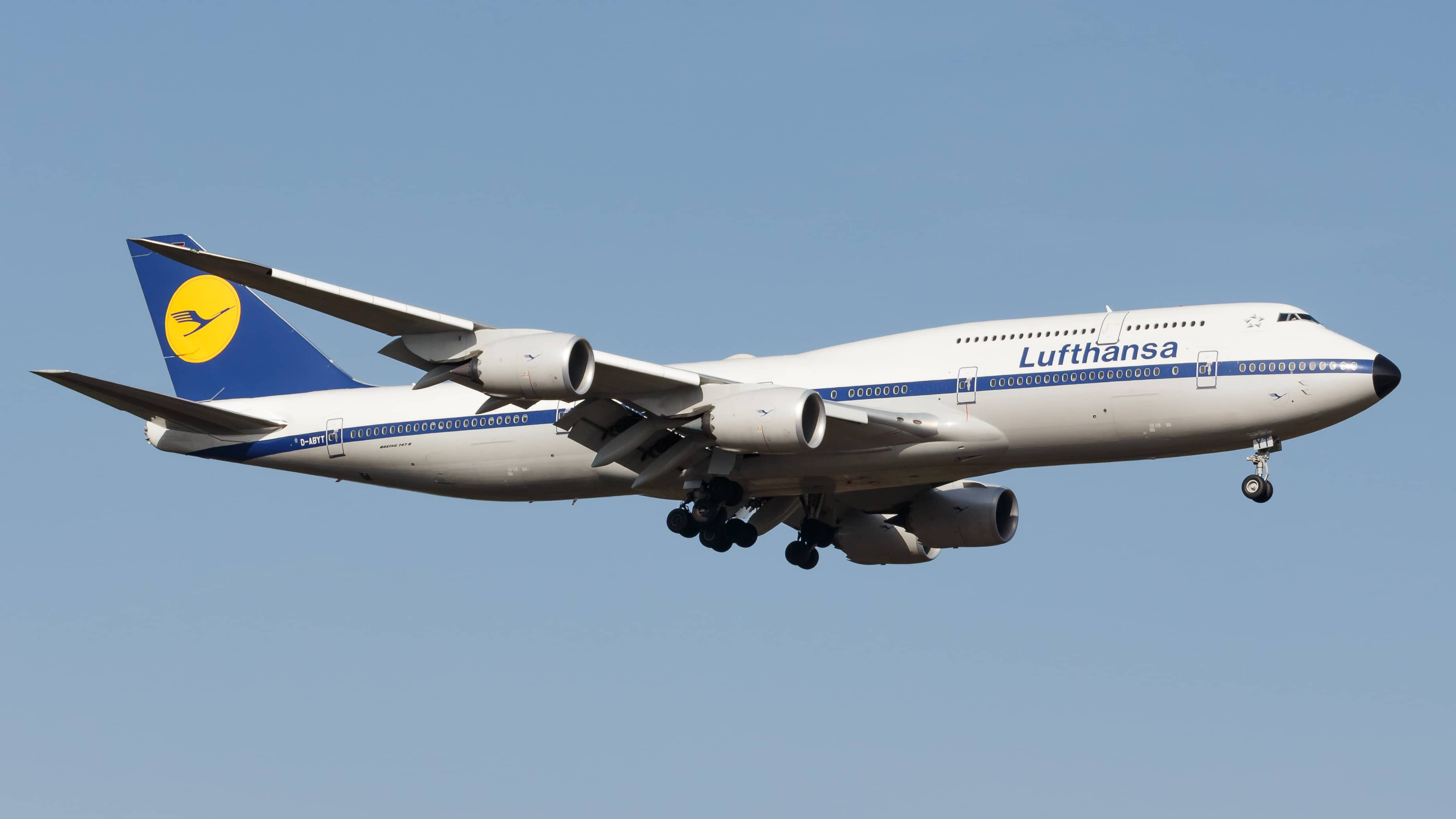 Boeing 747-8, el avión de pasajeros más grande del mundo