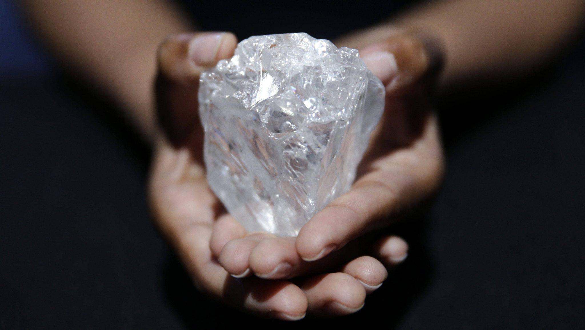 El diamante lesedi la rona, el segundo más grande del mundo.