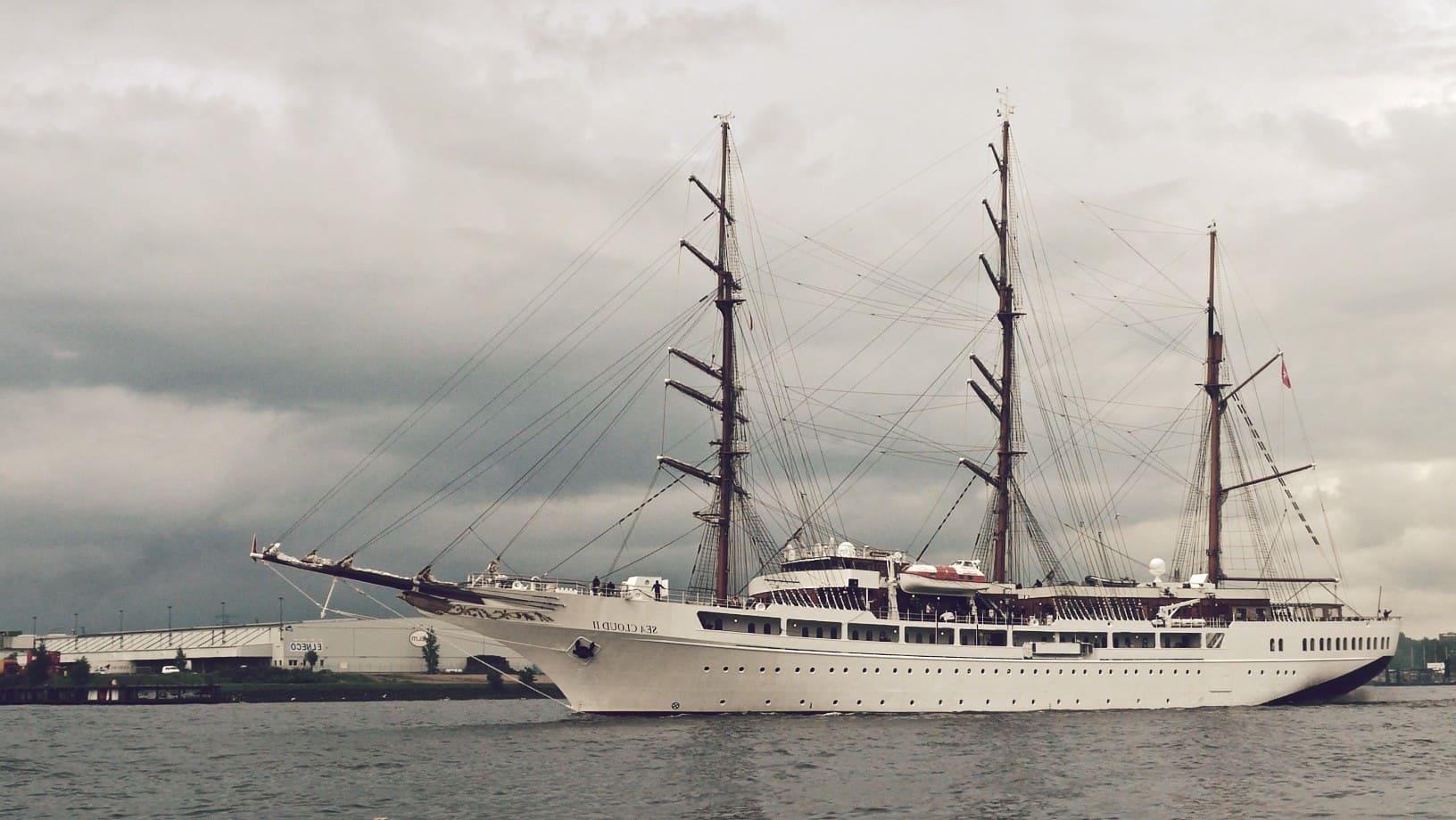 Velero Sea Cloud, el segundo velero más grande del mundo.