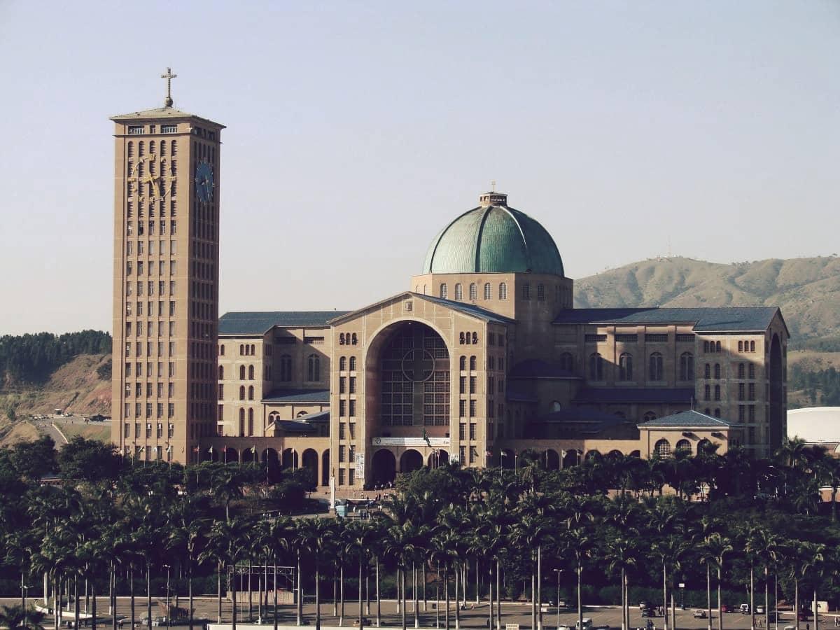 Basílica de Nuestra Señora Aparecida, una de las iglesias más grandes del mundo