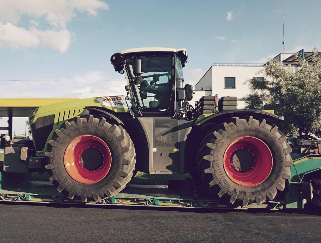 Claas Xerion 5000, uno de los tractores más grandes del mundo