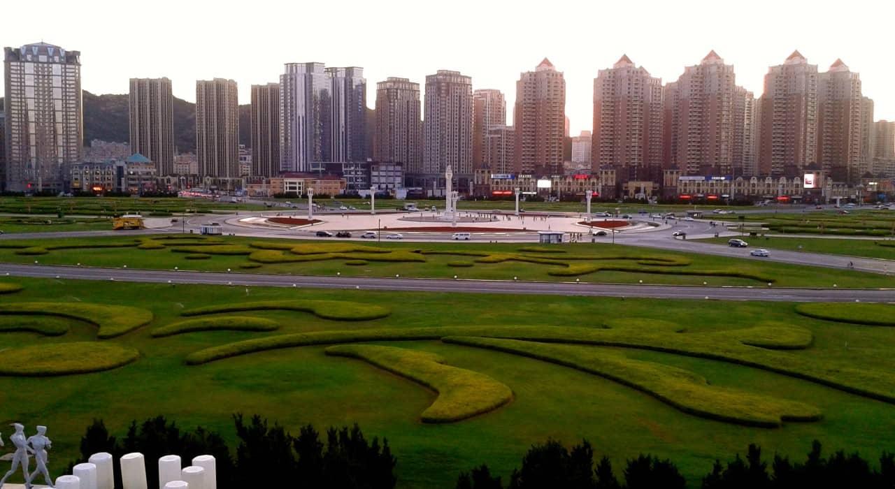 Plaza Xinghai, la plaza más grande del mundo