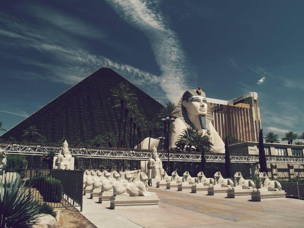 Luxor, el séptimo en la lista de los hoteles más grandes del mundo