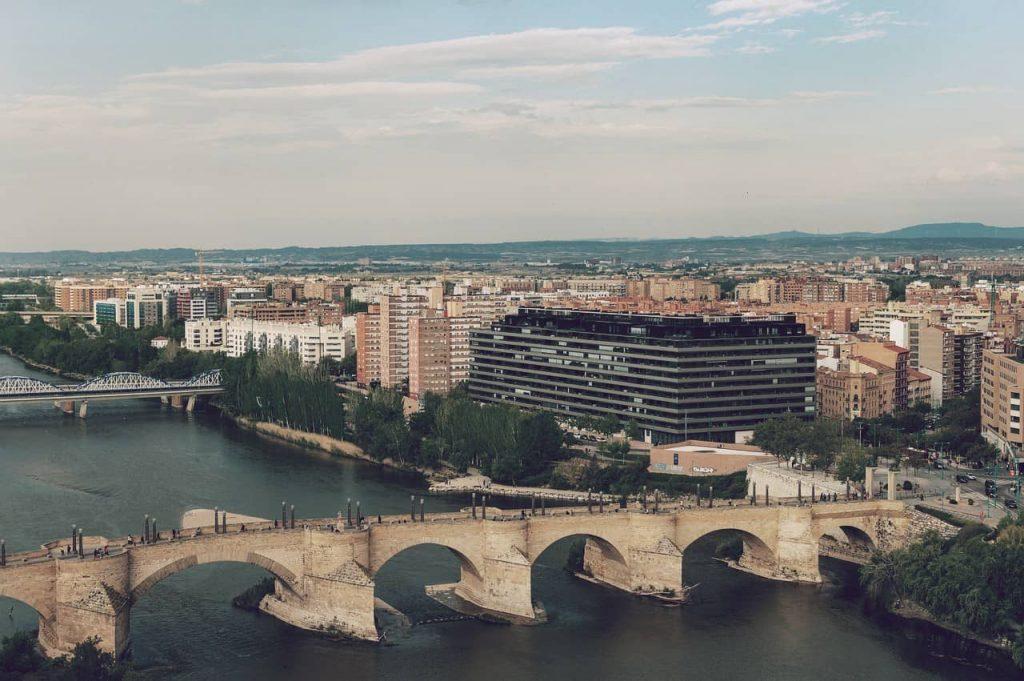 Zaragoza sigue siendo uno de los municipios más grandes de España