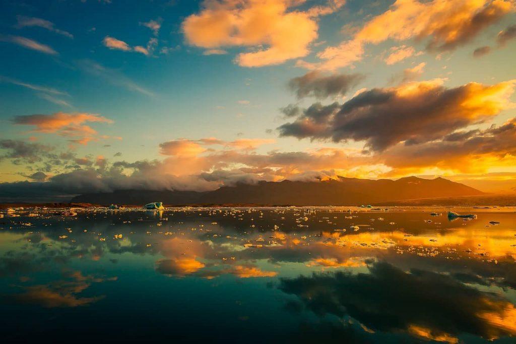 Islandia, una de las islas más grandes de Europa